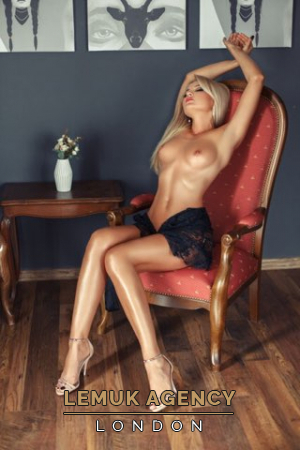 Escort  Barbie from Bayswater