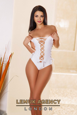 Escort  Clara from Bayswater