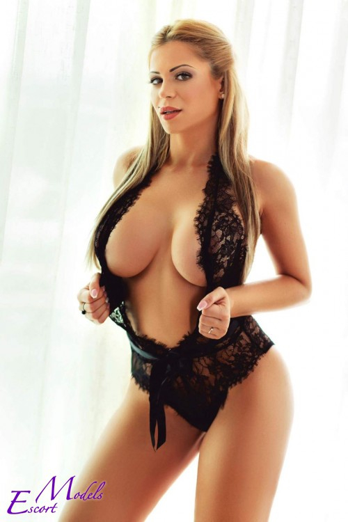 Escort  Katia from Bayswater escorts